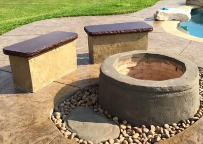 Artisan Stone Creations - Well Style Fire Pit with Dual Benches